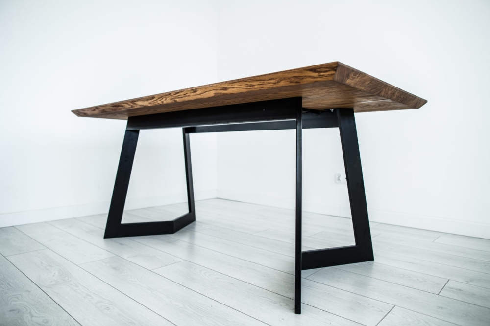 nowoczesny rozkładany stół dębowy