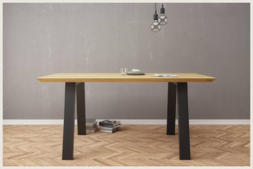 nowoczesny wygodny stół dębowy