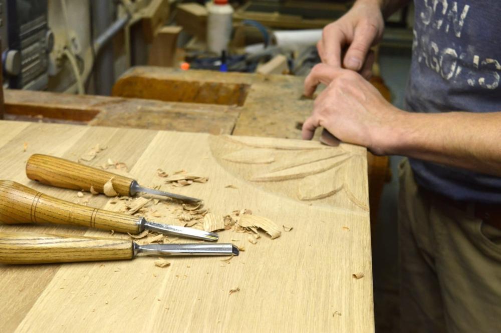 snycerz, zdobienie drewna