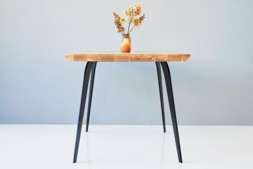 Stół Dębowy nowoczesny na lekkich nogach