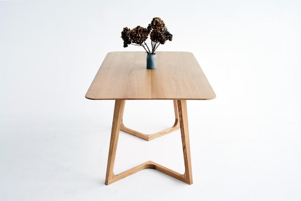 Stoł dla 4 osób, najpiękniejszy stół dębowy, nowoczesne stoły dębowe