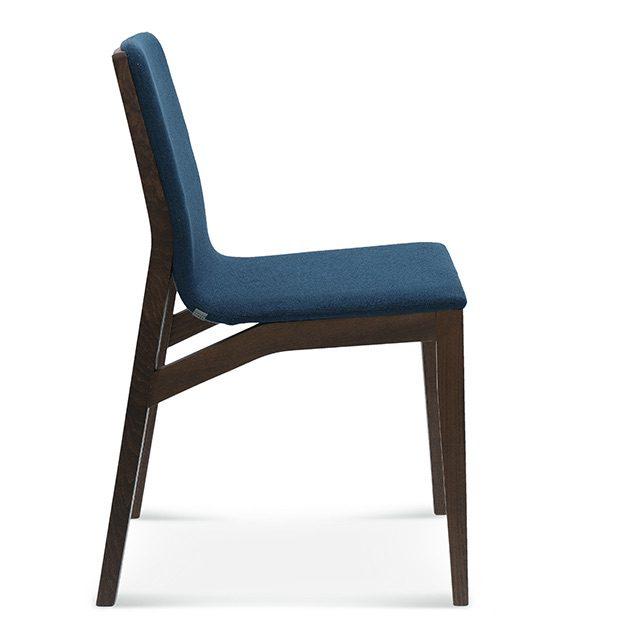 fameg kos a-1621, drewniane krzesła do salonu, krzesło do salonu, dębowe krzesła do jadalni, krzesła do jadalni, ciemne krzesła, nowoczesne krzesła, krzesla fameg, tapicerowane krzesło ciemne, fameg poznań