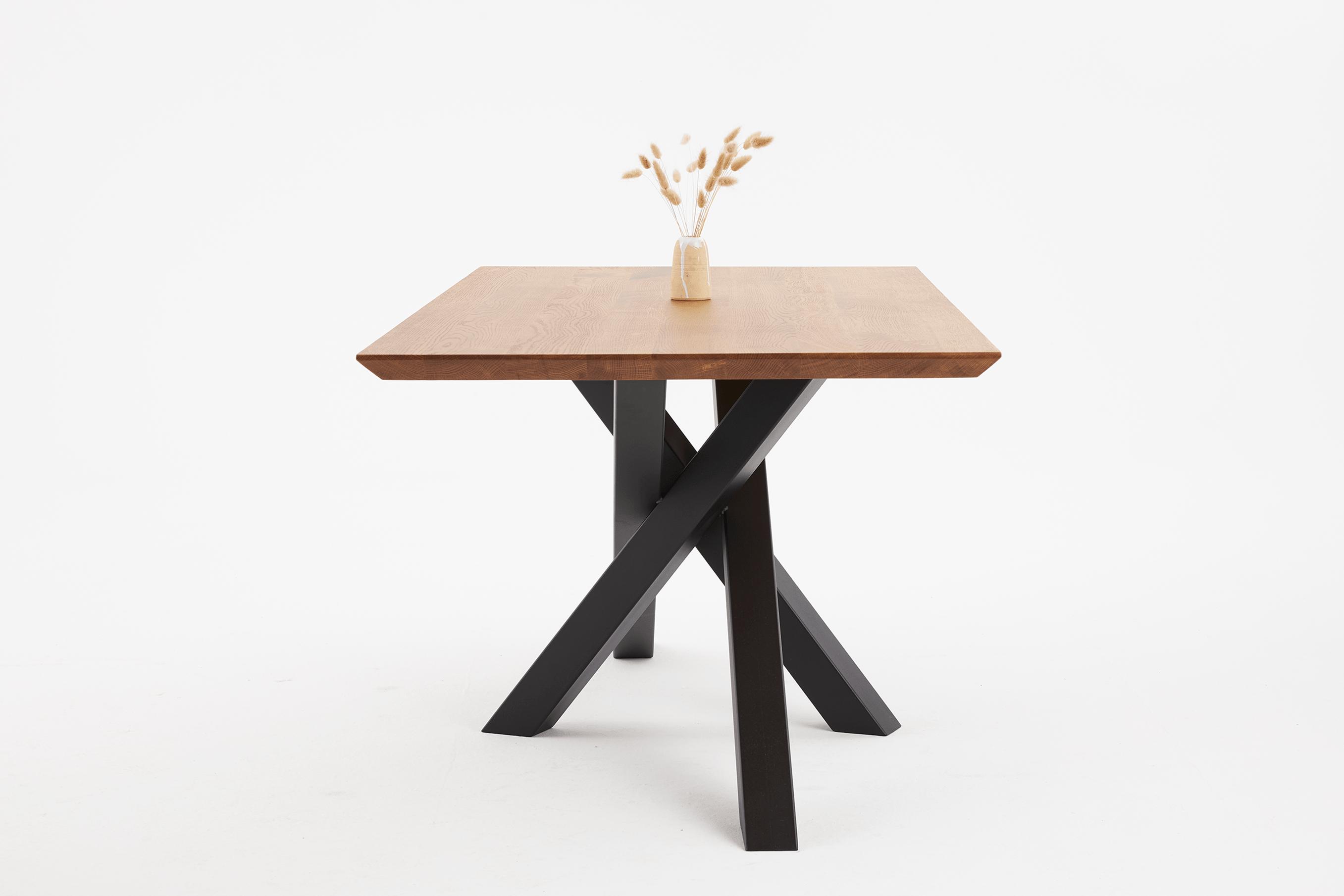 Stół dębowy z nogami w kolorze dąb brunat, stół na zamówinie pająk, nowoczesny stół dębowy rozkładany